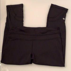 Lululemon Black Capri leggings!